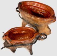 Zweiteilige Keramik-Backformen aus Soufflenheim, Ende 19. Jahrhundert.