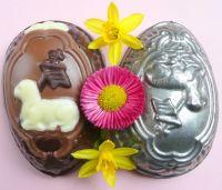 Schokolade-Ei aus der Hand des Konditormeisters Markus Krebs, Basel.